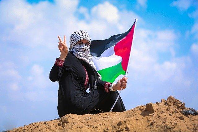 Mulheres palestinas: para além do estereótipo