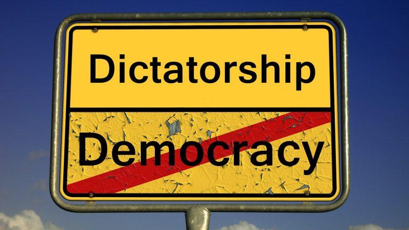 ABAIXO AO MILITARISMO: A ECLOSÃO DAS LUTAS PRÓ-DEMOCRACIA NA TAILÂNDIA