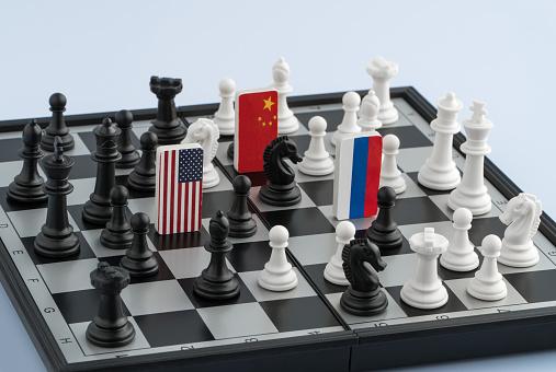 OS ÓRFÃOS DA UNIÃO SOVIÉTICA: A IMPORTÂNCIA GEOPOLÍTICA DOS PAÍSES DA ÁSIA CENTRAL