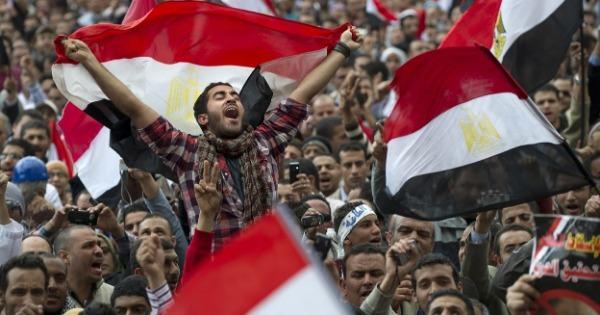 REVOLUÇÃO JOVEM NO EGITO: A PRIMAVERA ÁRABE